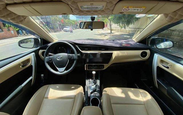 Cần bán gấp Toyota Corolla Altis năm sản xuất 2017, màu trắng còn mới8