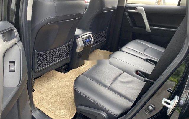 Bán Toyota Prado đời 2018, màu đen, xe nhập còn mới10