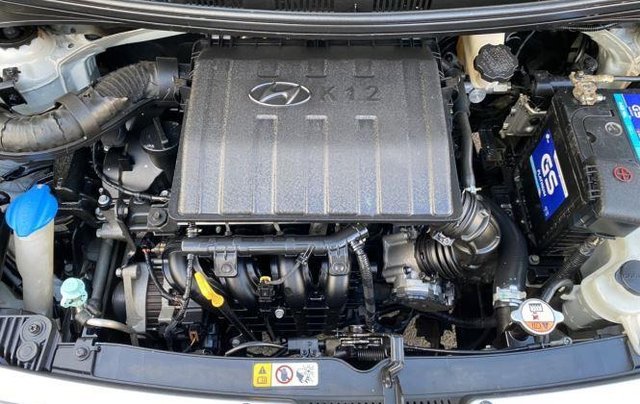 Xe Hyundai Grand i10 sản xuất 2015, màu bạc còn mới giá cạnh tranh8