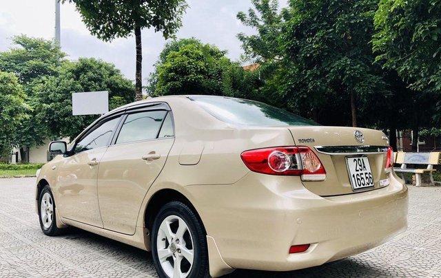 Bán xe Toyota Corolla 2011, màu vàng, nhập khẩu nguyên chiếc còn mới, giá 435tr4