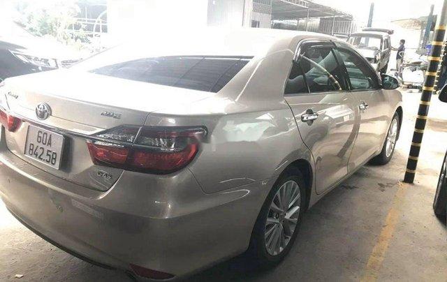 Bán Toyota Camry năm 2017, giá chỉ 818 triệu6