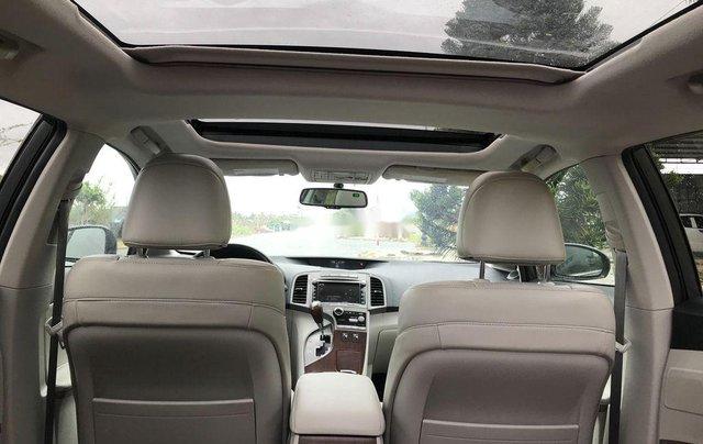 Xe Toyota Venza 2010, màu xám, nhập khẩu còn mới4