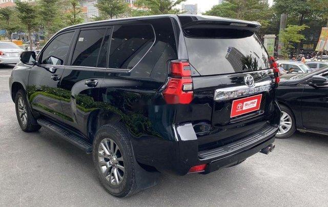 Bán xe Toyota Prado đời 2018, màu đen, xe nhập còn mới1