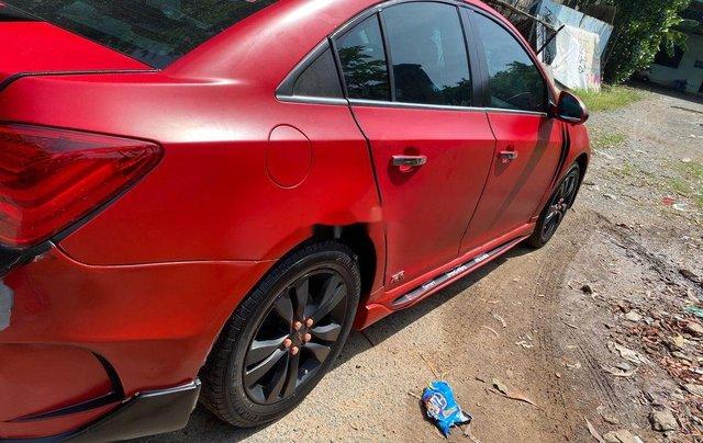Cần bán Chevrolet Cruze sản xuất 2011, màu đỏ2
