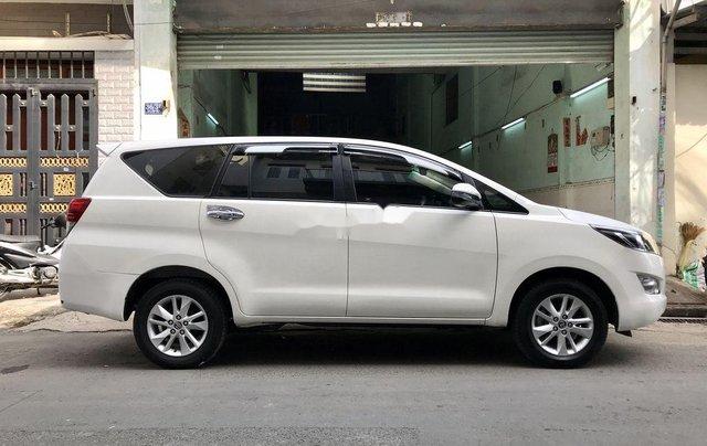 Cần bán xe Toyota Innova năm sản xuất 2017, màu trắng còn mới giá cạnh tranh11