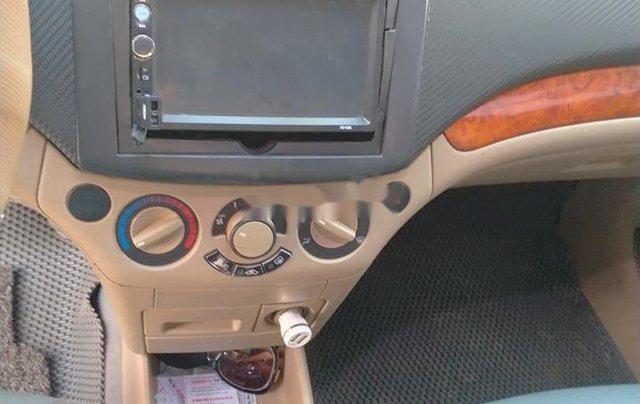 Cần bán gấp Daewoo Gentra năm sản xuất 2009 còn mới, giá 120tr9