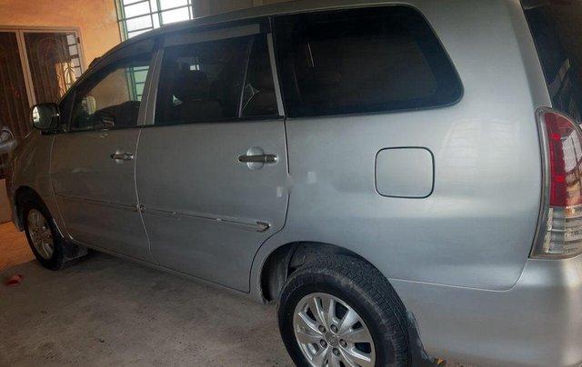 Bán Toyota Innova sản xuất 2010 còn mới0
