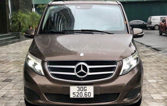 Cần bán xe Mercedes V220 Luxury, máy dầu, SX 20150