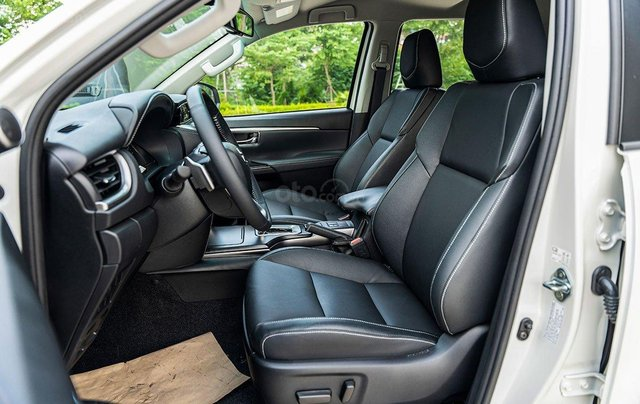 [Duy nhất tháng 12] Toyota Fortuner giảm giá cực sâu - nhận xe ngay chỉ với 149 triệu9