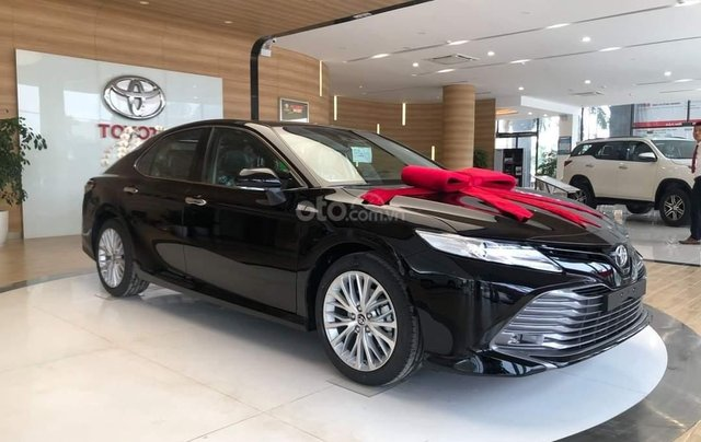 [Duy nhất tháng 12] Toyota Camry 2020 - đủ màu giao ngay - rinh xe ngay chỉ với 185 triệu1
