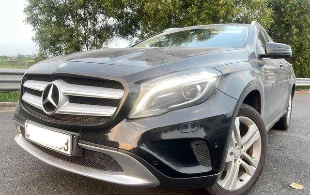 Cần bán xe Mercedes GLA 200 đời 2015, màu đen2