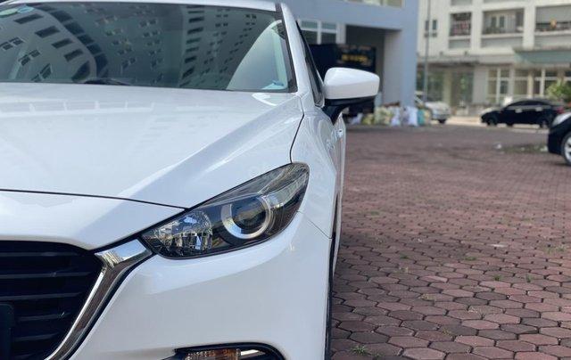 Bán Mazda 3 năm 2017 màu trắng, xe đẹp, chất, giá tốt4