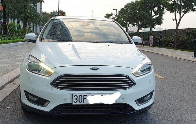 Bán Ford Focus 1.5 AT L Titanium màu trắng cực tiết kiệm nhiên liệu, giá tốt1