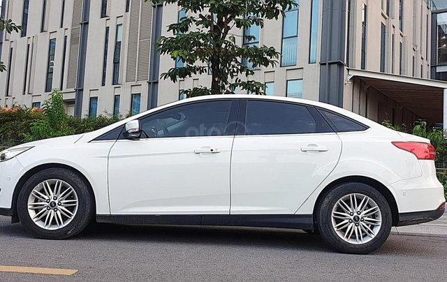 Bán Ford Focus 1.5 AT L Titanium màu trắng cực tiết kiệm nhiên liệu, giá tốt2