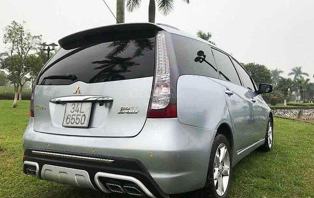 Cần bán gấp Mitsubishi Grandis Sport sản xuất 2009, màu bạc giá cạnh tranh4