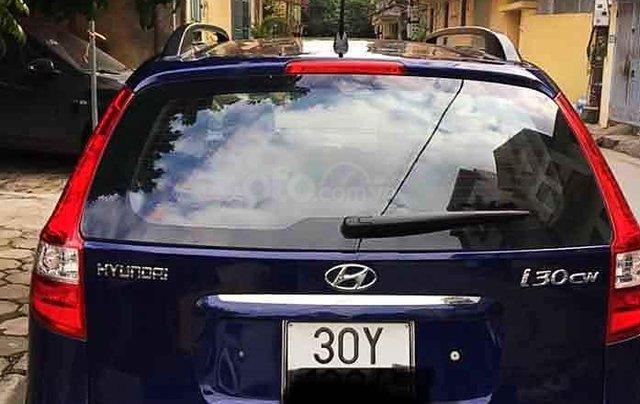 Cần bán Hyundai i30 sản xuất 2010, màu xanh lam, nhập khẩu0