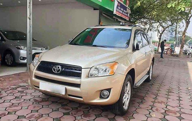 Bán Toyota RAV4 2.5AT sản xuất năm 2011, màu vàng, xe nhập, 540 triệu0