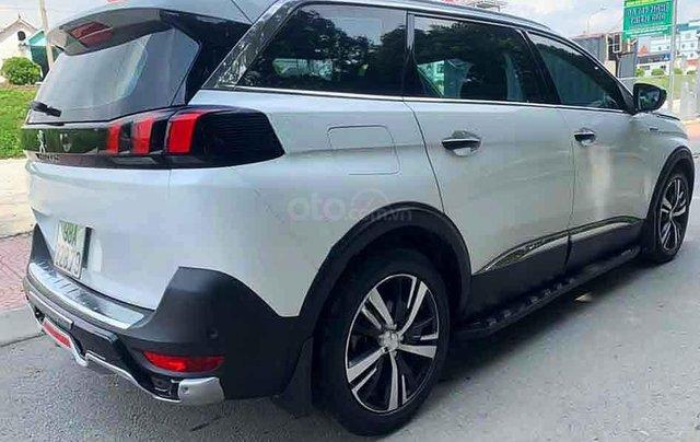 Cần bán gấp Peugeot 5008 năm 2019, màu trắng5