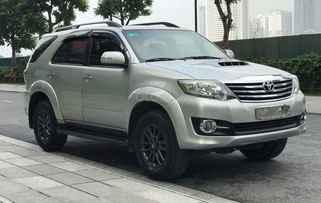 Bán Toyota Fortuner sản xuất 2016 còn mới0