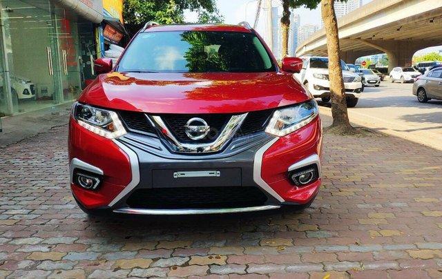 Cần bán gấp Nissan X trail đăng ký lần đầu 2018, màu đỏ ít sử dụng, giá thương lượng0