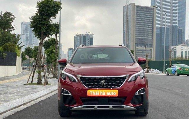 Cần bán gấp Peugeot 3008 đời 2020, màu đỏ chính chủ, giá thương lượng0
