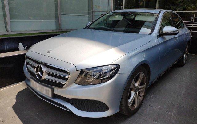 Nhanh tay rinh ngay Mercedes E250 giá cực sốc1