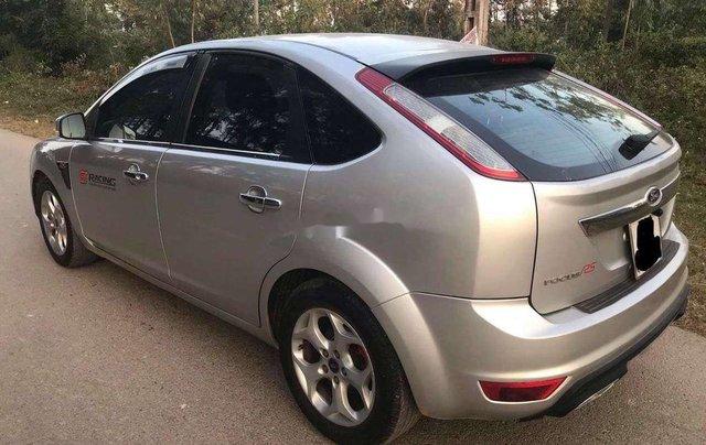 Cần bán xe Ford Focus sản xuất 2010, màu bạc chính chủ, 263 triệu3