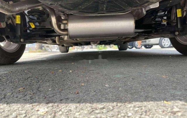 Cần bán Chevrolet Cruze 2017, màu xám chính chủ giá cạnh tranh11