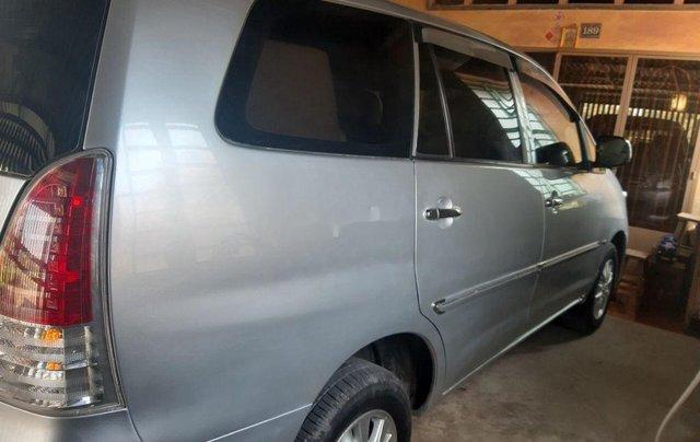 Bán Toyota Innova sản xuất 2010 còn mới2