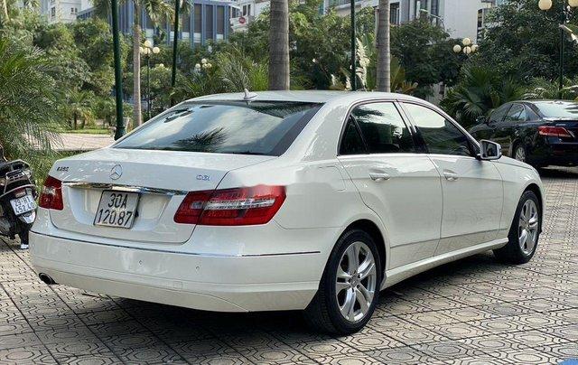Cần bán xe Mercedes E250 sản xuất năm 2009 còn mới, giá tốt2