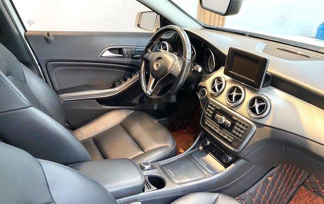Cần bán xe Mercedes GLA-Class sản xuất 2017 còn mới8