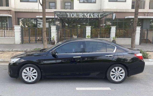 Cần bán lại xe Honda Accord đời 2014, màu đen, nhập khẩu, giá chỉ 679 triệu1