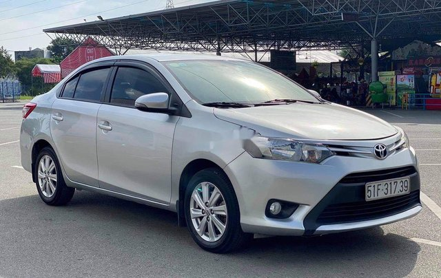 Bán Toyota Vios sản xuất năm 2015 còn mới0