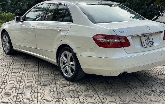 Cần bán xe Mercedes E250 sản xuất năm 2009 còn mới, giá tốt3