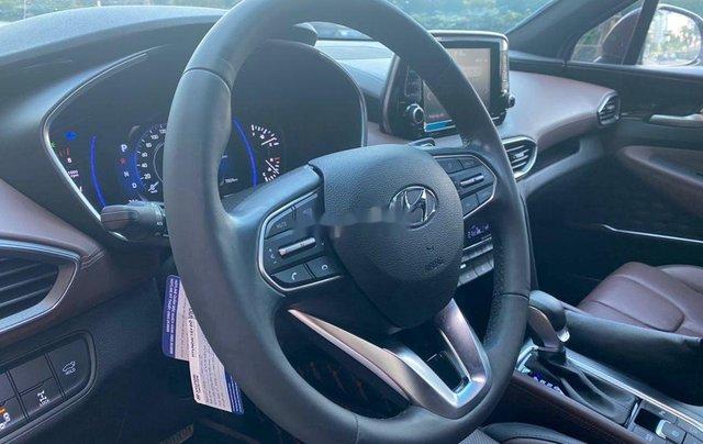 Cần bán xe Hyundai Santa Fe sản xuất năm 2020, màu đỏ chính chủ7