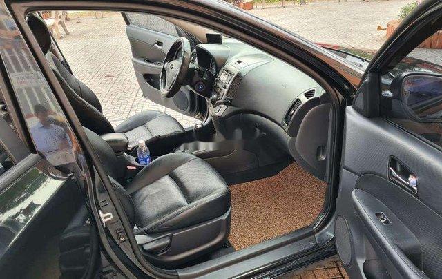 Cần bán gấp Hyundai i30 2008, màu đen, xe nhập chính chủ, 268tr9