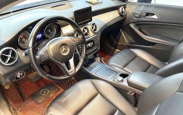Cần bán xe Mercedes GLA-Class sản xuất 2017 còn mới7