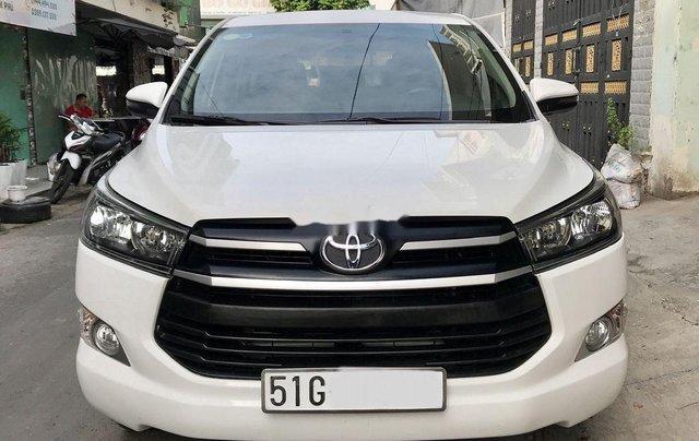 Cần bán xe Toyota Innova năm sản xuất 2017, màu trắng còn mới giá cạnh tranh0