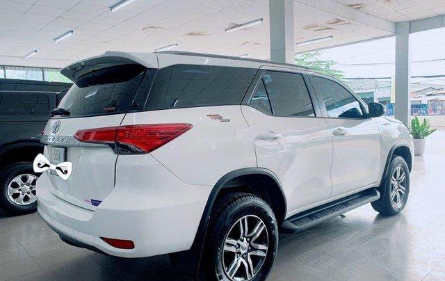 Cần bán Toyota Fortuner năm sản xuất 2020 còn mới5