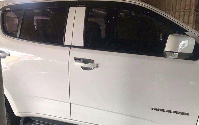 Cần bán xe Chevrolet Trailblazer năm sản xuất 2018, màu trắng, xe nhập 1