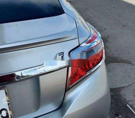 Cần bán Toyota Vios năm 2018 còn mới giá cạnh tranh4