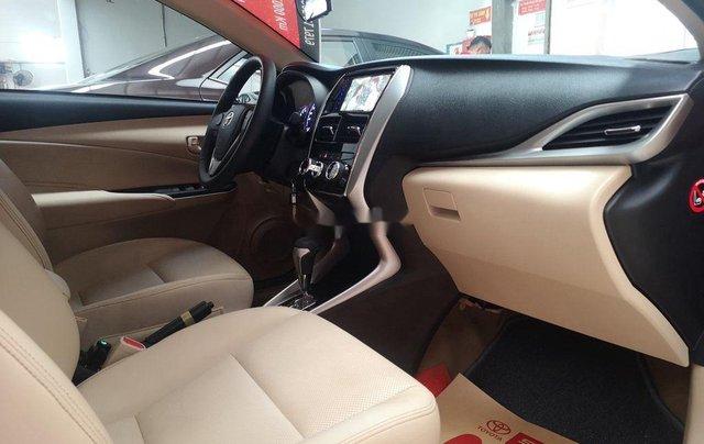 Cần bán gấp Toyota Vios năm 2020 còn mới2