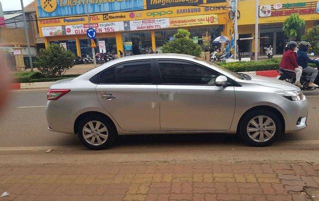 Bán Toyota Vios đời 2014, màu bạc chính chủ, 339 triệu2