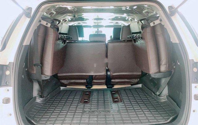 Cần bán Toyota Fortuner năm sản xuất 2020 còn mới1