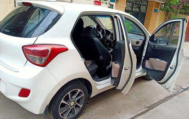 Cần bán gấp Hyundai Grand i10 năm 2015, nhập khẩu còn mới, giá 245tr2