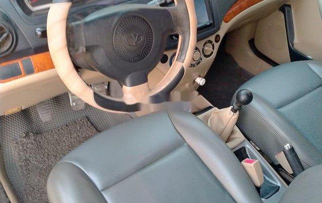 Cần bán gấp Daewoo Gentra năm sản xuất 2009 còn mới, giá 120tr6