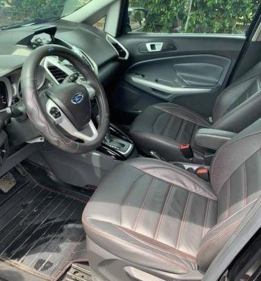 Bán Ford EcoSport năm 2014, màu đen như mới6