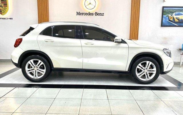 Cần bán xe Mercedes GLA-Class sản xuất 2017 còn mới3
