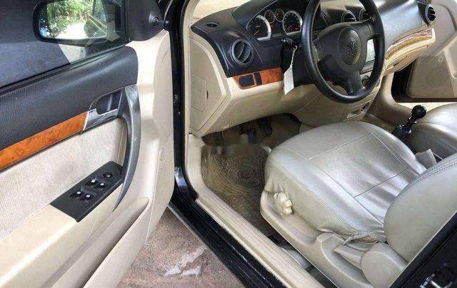 Xe Daewoo Gentra năm 2010 còn mới, giá chỉ 168 triệu6