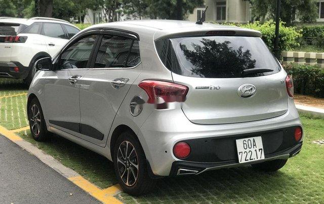 Cần bán Hyundai Grand i10 2019, màu bạc5